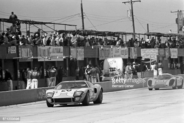 Jacky Ickx Vic Elford Ford GT40 Porsche 907 22 12 Hours of Sebring Sebring 23 March 1968