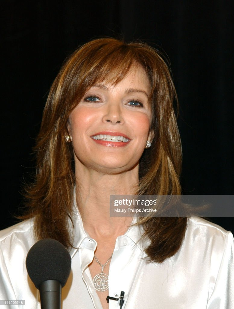 <a gi-track='captionPersonalityLinkClicked' href=/galleries/search?phrase=Jaclyn+Smith&family=editorial&specificpeople=211283 ng-click='$event.stopPropagation()'>Jaclyn Smith</a> awards customers with hair, beauty and fashion makeovers in honor of Kmart's customer appreciation days