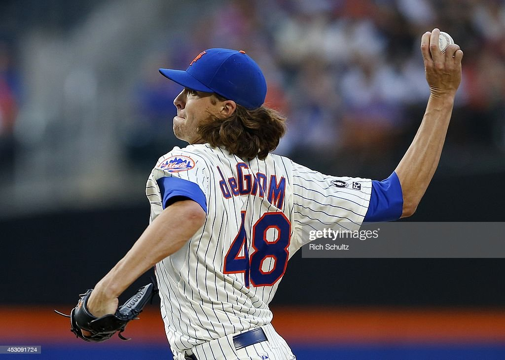 <a gi-track='captionPersonalityLinkClicked' href=/galleries/search?phrase=Jacob+deGrom&family=editorial&specificpeople=12510601 ng-click='$event.stopPropagation()'>Jacob deGrom</a> #48 of the New York Mets delivers a pitch during the second inning against the San Francisco Giants on August 2, 2014 at Citi Field in the Flushing neighborhood of the Queens borough of New York City.
