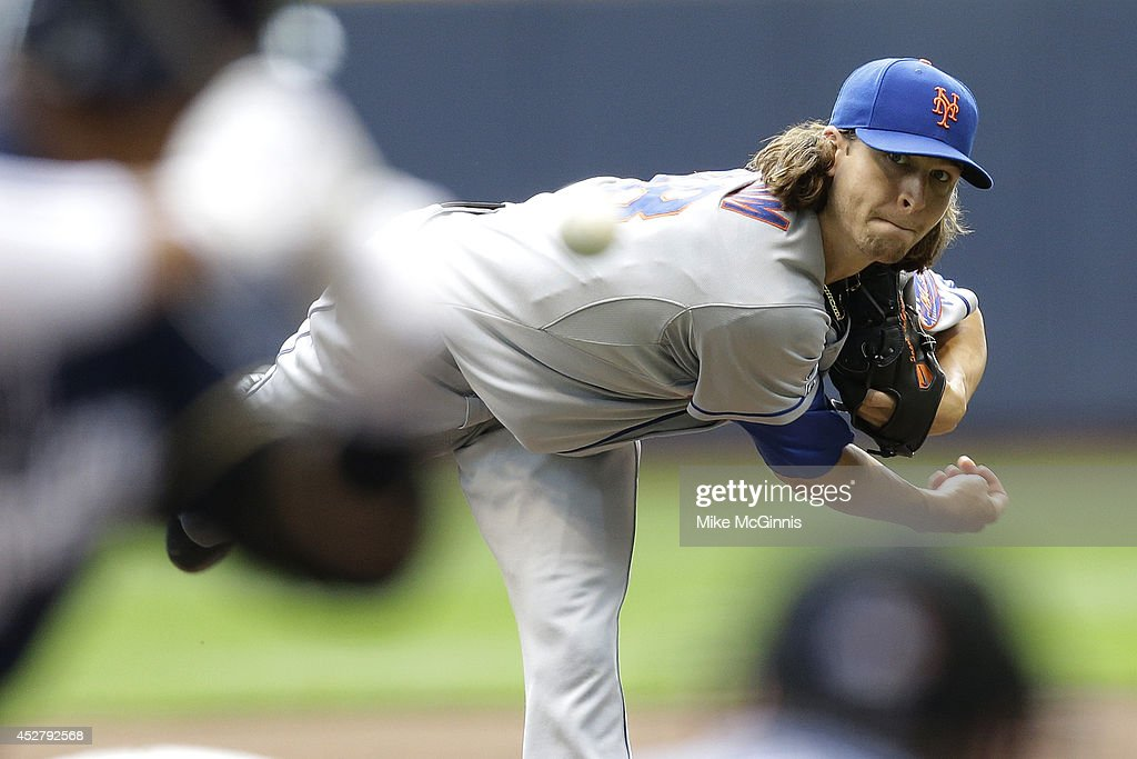 Jacob Degrom of the New York Mets pitches during the first inn gin of the Interleague game against the Milwaukee Brewers at Miller Park on July 27...