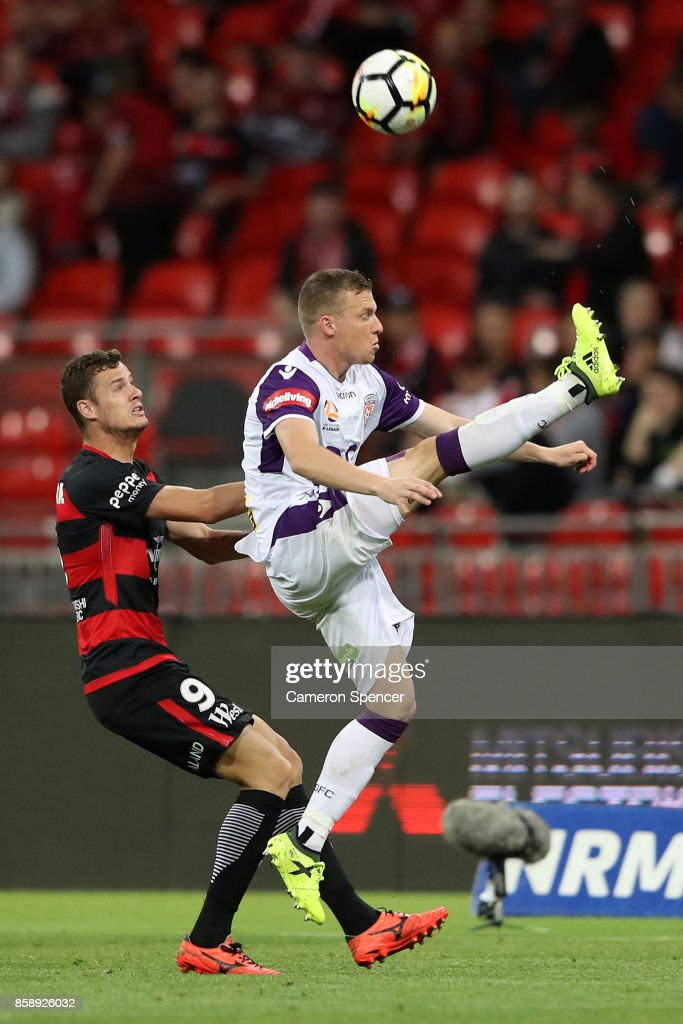 Jacob Poscoliero of the Glory kicks during the round one A-League match between the Western Sydney Wanderers and the Perth Glory at Spotless Stadium on October 8, 2017 in Sydney, Australia.