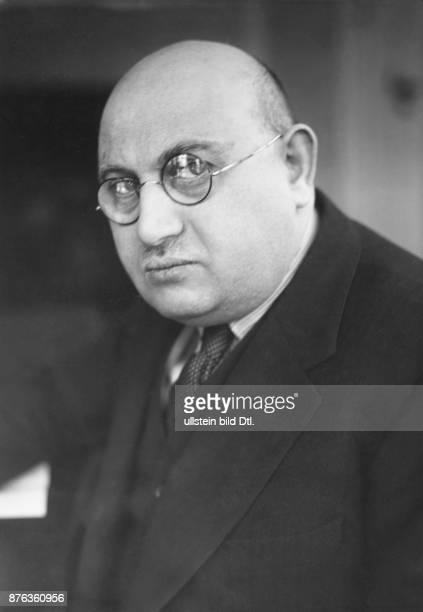 Jacob Schapiro Porträt in seiner Zeit als Direktor des Berliner Sportpalastes 1929