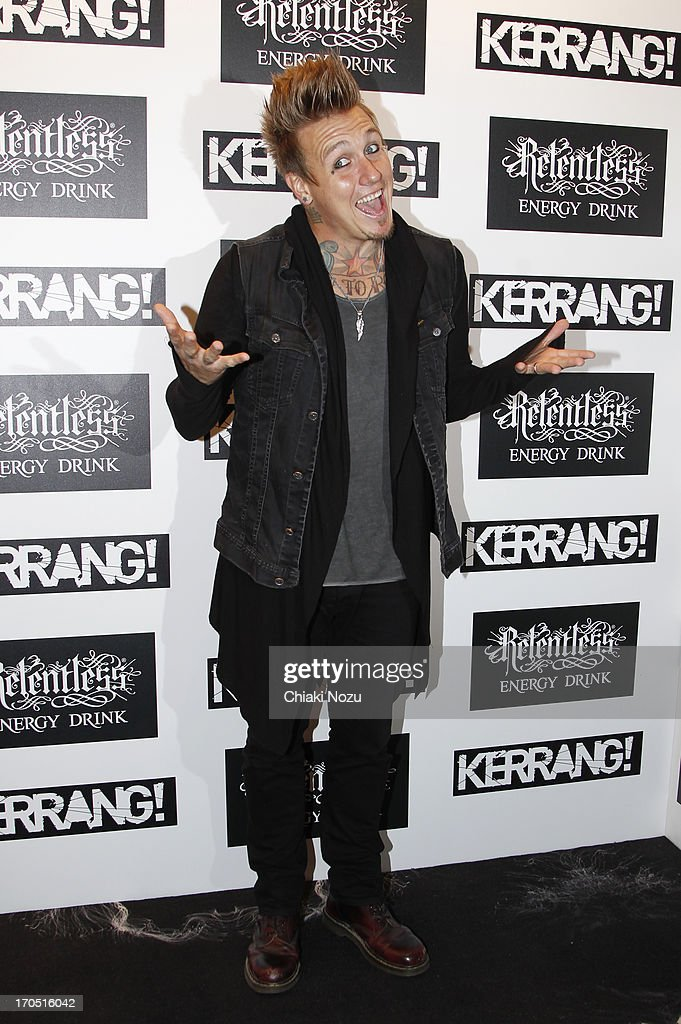 <a gi-track='captionPersonalityLinkClicked' href=/galleries/search?phrase=Jacoby+Shaddix&family=editorial&specificpeople=2084476 ng-click='$event.stopPropagation()'>Jacoby Shaddix</a> of Papa Roach attends The Kerrang! Awards at the Troxy on June 13, 2013 in London, England.