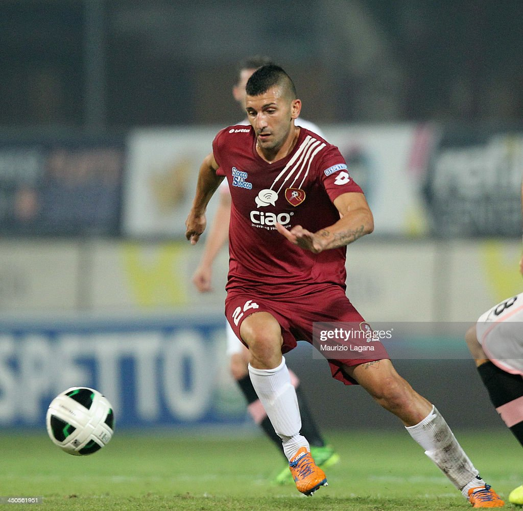Jacopo Dall'Oglio of Reggina during the Serie B match between Reggina Calcio and US Citta di Palermo at Stadio Oreste Granillo on November 16, 2013 in Reggio Calabria, Italy.