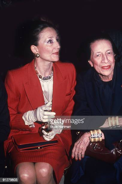Jacqueline de Ribes and Diana Vreeland at the Oscar de la Renta show NYC 1979