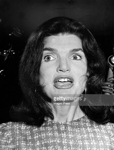 Jacqueline Kennedy Onassis attends a dinner honoring W Averell Harriman on May 15 1974 in Washington DC