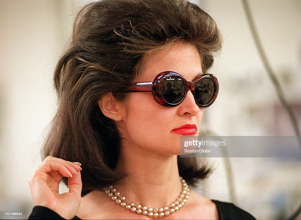 jacqueline-kennedy-onassis-lookalike-actress-lane-burgess-gets-a-of-picture-id132186934