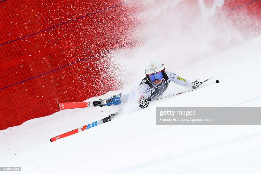 Jacqueline Wiles of the USA crashes out during the Audi FIS Alpine Ski World Cup Women's SuperG on January 24 2016 in Cortina d'Ampezzo Italy