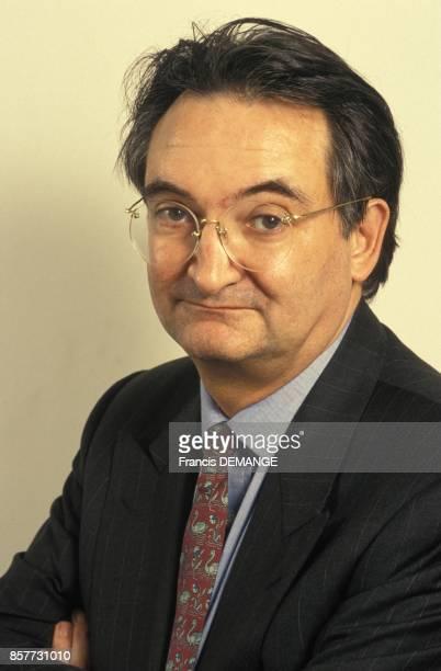 Jacques Attali exconseiller de Francois Mitterrand economiste et ecrivain publie un nouveau livre intitule Europe s en janvier 1994 en France