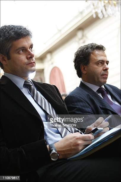 Jacques Attali presents his report to Nicolas Sarkozy during the French commission for the liberation of economic growth press conference at Elysee...
