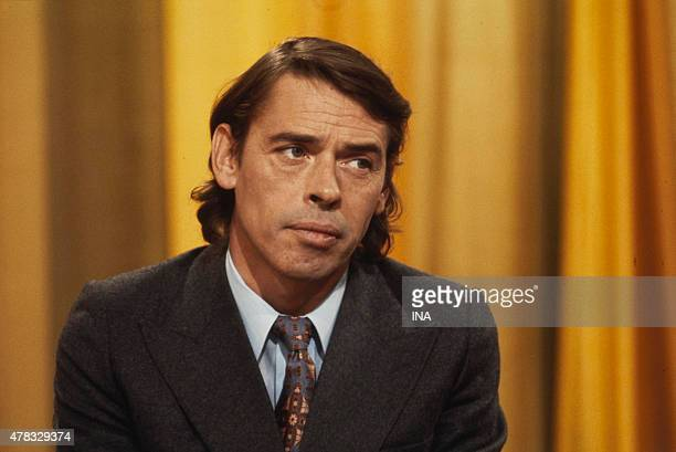 Jacques Brel in the studio TV for an interview