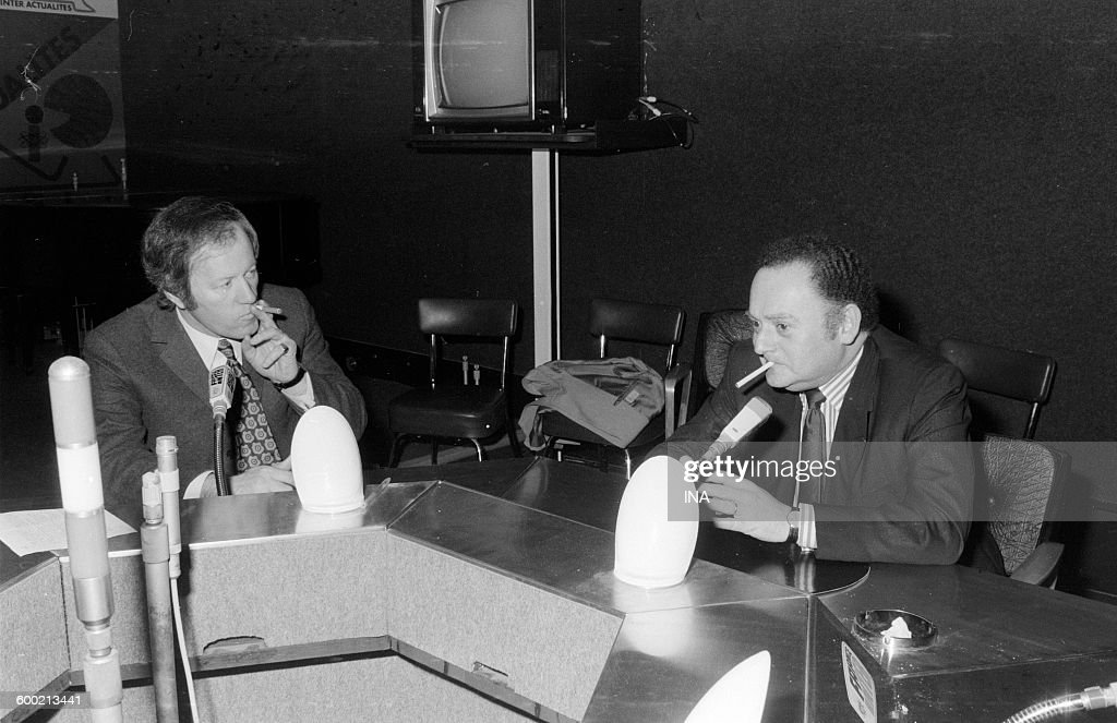 Jacques Chancel and René Goscinny smoking on the set of Radioscopy