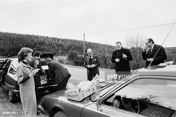Jacques Chirac and his wife Bernadette stop for a roadside picnic in Correze during his campaign for parliamentary elections