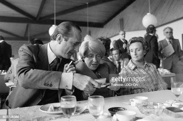 Jacques Chirac et sa femme Bernadette lors d'un déjeuner à Epernay le 15 octobre 1976 en France