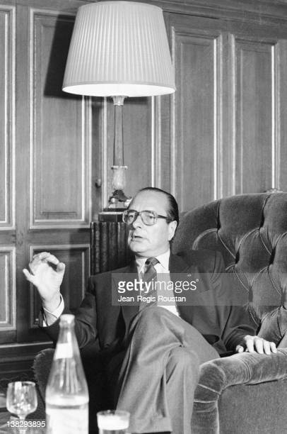 Jacques Chirac mayor of Paris greeting some journalists at the city hall Paris on March 28 1984