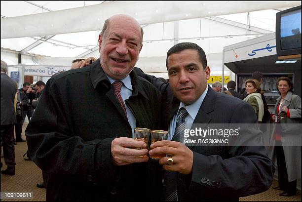 Jacques Chirac Visits Algeria Arrival At The Airport Of Algiers On March 2Nd 2003 In Algiers Algeria Herve Bourges And Cheb Mami