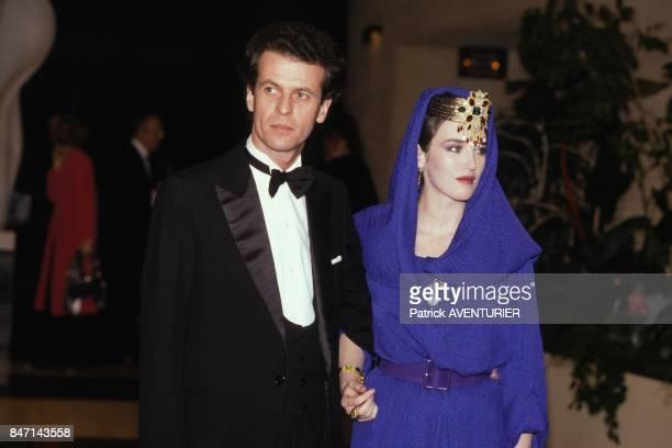 Jacques Grange et Isabelle Adjani a la premiere du film de Luc Besson 'Subway' le 6 avril 1985 a Monaco
