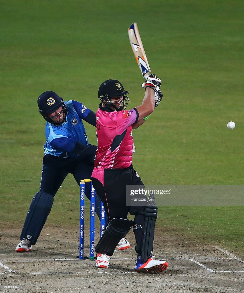 <a gi-track='captionPersonalityLinkClicked' href=/galleries/search?phrase=Jacques+Kallis&family=editorial&specificpeople=184509 ng-click='$event.stopPropagation()'>Jacques Kallis</a> of Libra Legends bats during the Oxigen Masters Champions League match between the Libra Legends and Leo Lions on February 7, 2016 in Sharjah, United Arab Emirates.