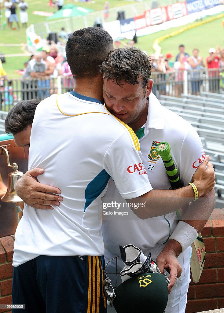 <a gi-track='captionPersonalityLinkClicked' href=/galleries/search?phrase=Jacques+Kallis&family=editorial&specificpeople=184509 ng-click='$event.stopPropagation()'>Jacques Kallis</a> of South Africa walks off in his final test match after scoring his 45th century during day 4 of the 2nd Test match between South Africa and India at Sahara Stadium Kingsmead on December 29, 2013 in Durban, South Africa.