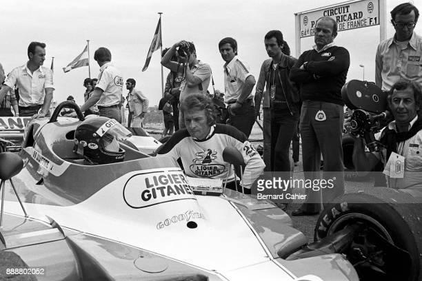 Jacques Laffite Gérard Ducarouge Guy Ligier LigierMatra JS9 Grand Prix of France Circuit Paul Ricard 02 July 1978 Jacques Laffite with Ligier Chief...