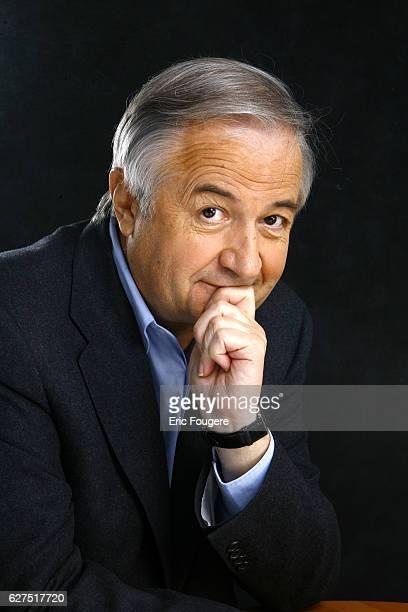 Jacques Maillot on the set of TV show 'Les Grands Du Rire'