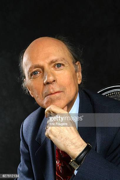 Jacques Maillot on the set of TV show 'Tout le Monde Deguste'
