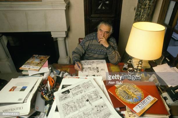 Jacques Martin auteur de bande dessinee s'interesse a la Grece avec le nouveau personnage 'Orion' le 20 decembre 1990 en Belgique