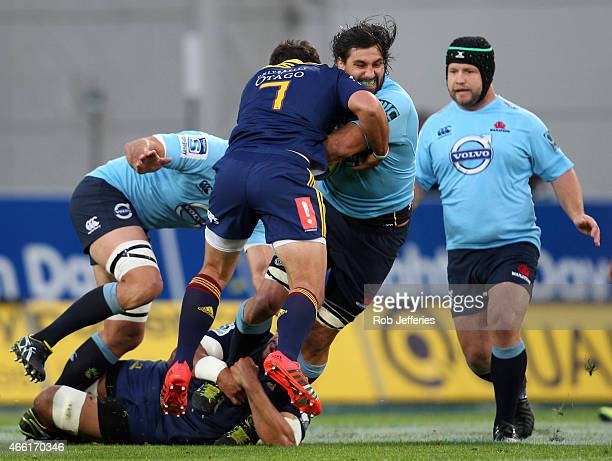 Jacques Potgieter of the Waratahs on the charge during the round five Super Rugby match between the Highlanders and the Waratahs at Forsyth Barr...