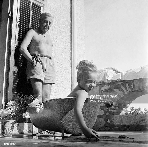 Jacques Prevert On Holiday In Saintpauldevence SaintPauldeVence août 1951 Jacques PREVERT en vacances en famille dans la villa qu'il loue le poète...