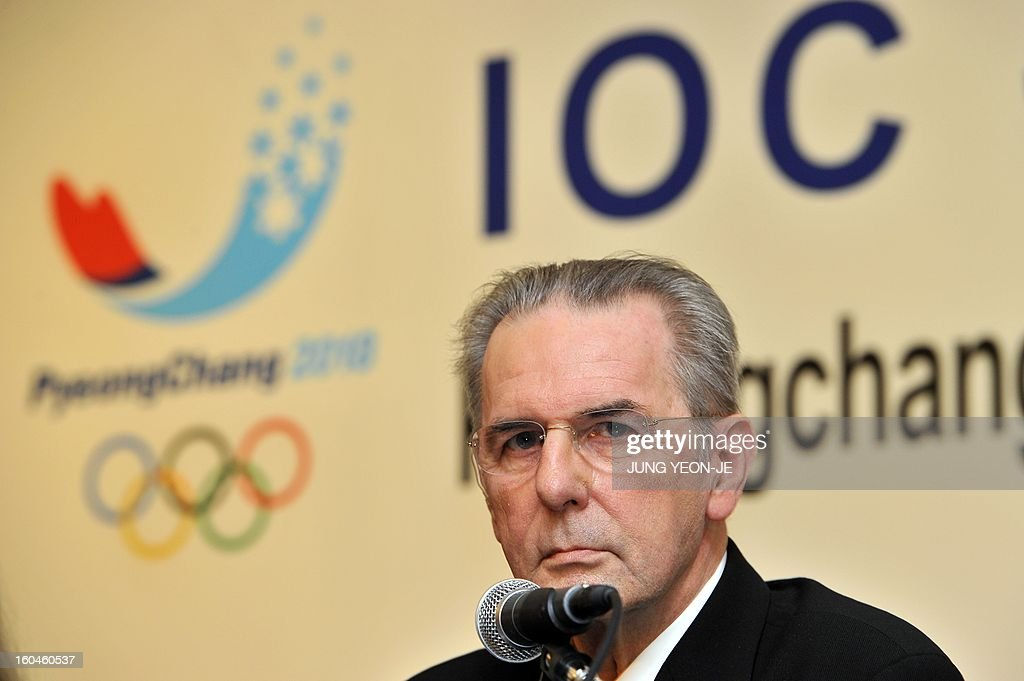 Jacques Rogge, president of the International Olympic Committee (IOC), listens to a question of a reporter during a press conference in Seoul on February 1, 2013. The organizing committee for the 2018 Winter Olympics in PyeongChang and the IOC signed an agreement on January 30, for the implementation of the marketing program for the South Korean alpine town. AFP PHOTO / JUNG YEON-JE