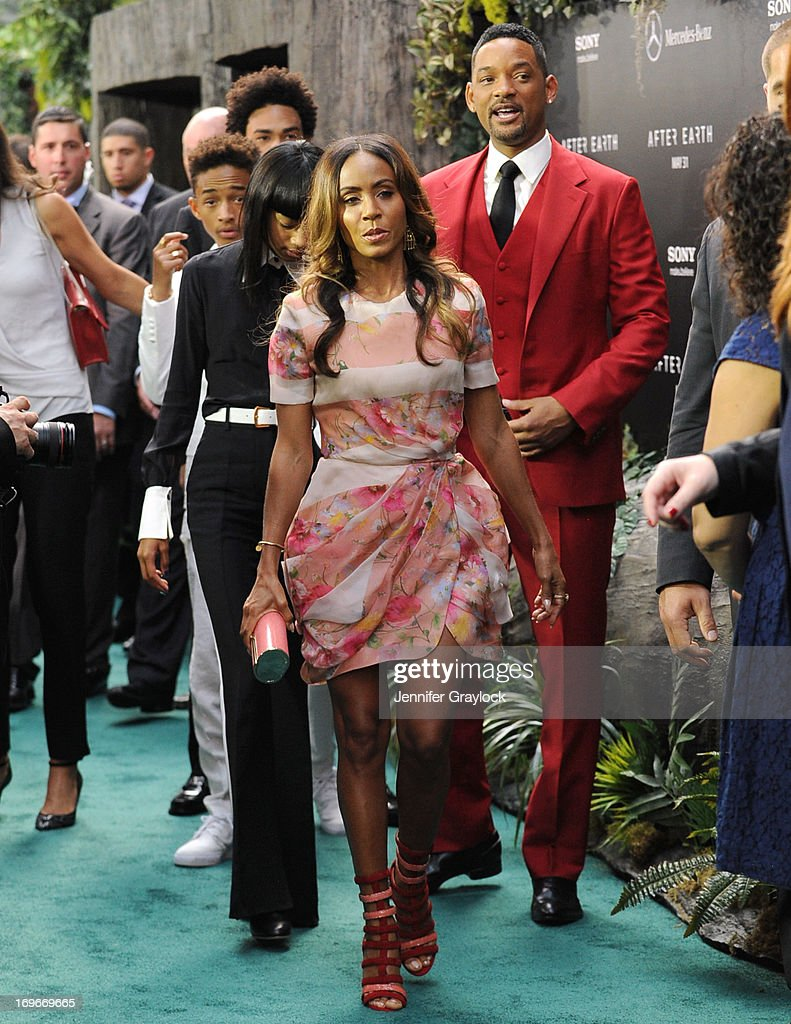 Jada Pinkett Smith and Will Smith attend the 'After Earth' premiere at Ziegfeld Theater on May 29, 2013 in New York City.