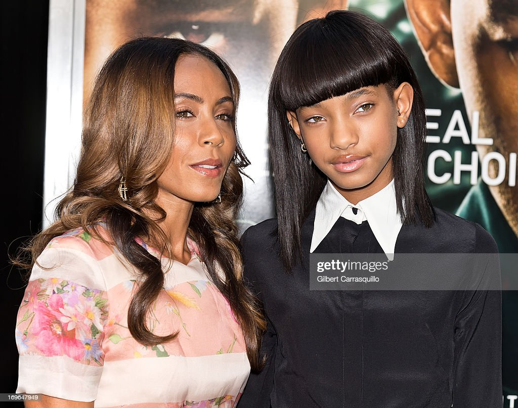 Jada Pinkett Smith and Willow Smith attend the 'After Earth' premiere at Ziegfeld Theater on May 29, 2013 in New York City.