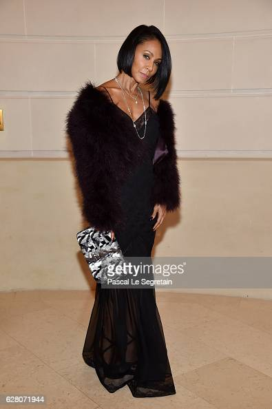Jada Pinkett Smith attends 'Chanel Collection des Metiers d'Art 2016/17 Paris Cosmopolite' Show on December 6 2016 in Paris France