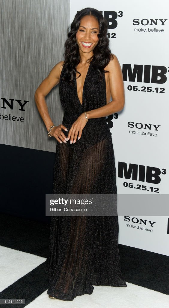 <a gi-track='captionPersonalityLinkClicked' href=/galleries/search?phrase=Jada+Pinkett+Smith&family=editorial&specificpeople=201837 ng-click='$event.stopPropagation()'>Jada Pinkett Smith</a> attends the 'Men In Black 3' New York premiere at the Ziegfeld Theatre on May 23, 2012 in New York City.
