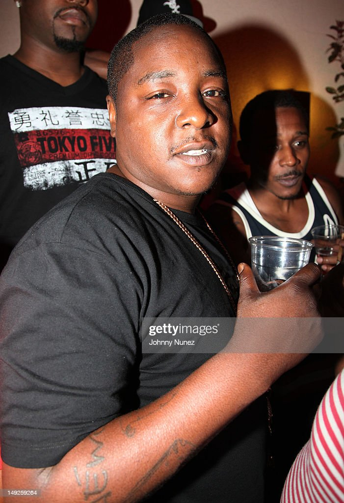 <a gi-track='captionPersonalityLinkClicked' href=/galleries/search?phrase=Jadakiss&family=editorial&specificpeople=224058 ng-click='$event.stopPropagation()'>Jadakiss</a> (C) attends Danny's Birthday Bash hosted by <a gi-track='captionPersonalityLinkClicked' href=/galleries/search?phrase=Jadakiss&family=editorial&specificpeople=224058 ng-click='$event.stopPropagation()'>Jadakiss</a> at the Harlem Beach Club on July 25, 2012 in New York City.