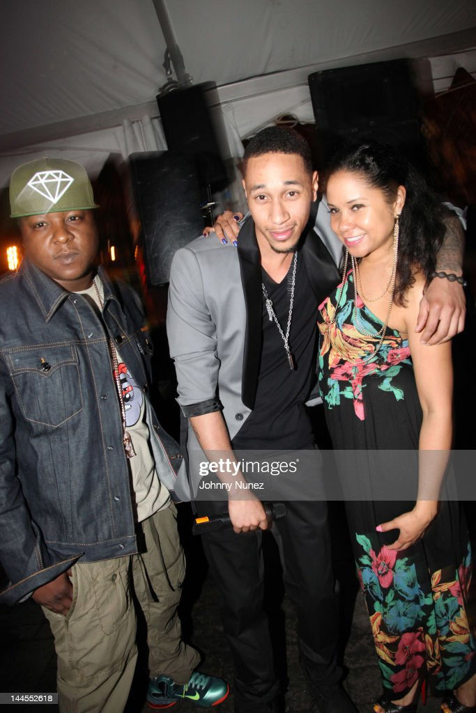 <a gi-track='captionPersonalityLinkClicked' href=/galleries/search?phrase=Jadakiss&family=editorial&specificpeople=224058 ng-click='$event.stopPropagation()'>Jadakiss</a>, Emanny, and <a gi-track='captionPersonalityLinkClicked' href=/galleries/search?phrase=Angela+Yee&family=editorial&specificpeople=4443054 ng-click='$event.stopPropagation()'>Angela Yee</a> attend Hudson Cafe on May 15, 2012 in New York City.