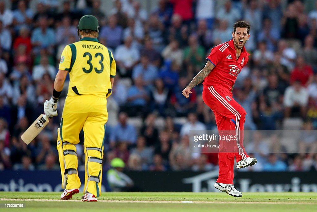 <a gi-track='captionPersonalityLinkClicked' href=/galleries/search?phrase=Jade+Dernbach&family=editorial&specificpeople=667885 ng-click='$event.stopPropagation()'>Jade Dernbach</a> of England celebrates taking the wicket of <a gi-track='captionPersonalityLinkClicked' href=/galleries/search?phrase=Shane+Watson+-+Cricket+Player&family=editorial&specificpeople=171874 ng-click='$event.stopPropagation()'>Shane Watson</a> of Australia during the 1st NatWest Series T20 match between England and Australia at Ageas Bowl on August 29, 2013 in Southampton, England.