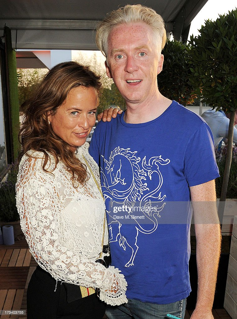 <a gi-track='captionPersonalityLinkClicked' href=/galleries/search?phrase=Jade+Jagger&family=editorial&specificpeople=203052 ng-click='$event.stopPropagation()'>Jade Jagger</a> (L) and <a gi-track='captionPersonalityLinkClicked' href=/galleries/search?phrase=Philip+Treacy+-+Fashion+Designer&family=editorial&specificpeople=12819932 ng-click='$event.stopPropagation()'>Philip Treacy</a> attend the Barclaycard UNWIND VIP lounge at British Summer Time Hyde Park presented by Barclaycard on July 13, 2013 in London, England.
