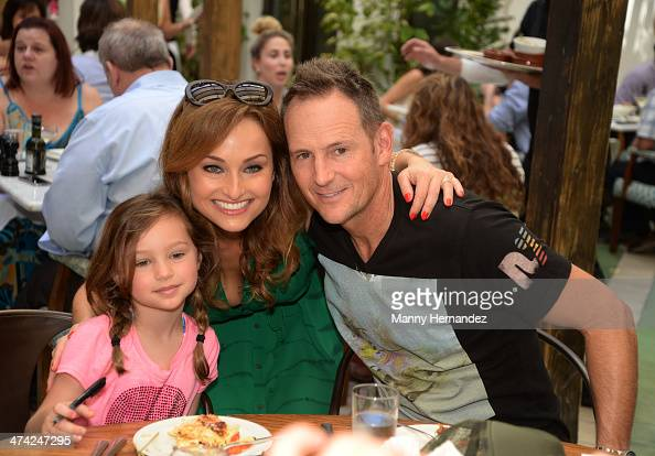 Jade Marie De LaurentiisThompson Giada De Laurentiis and Todd Thompson attend Ciao Chow An Italian Dim SumStyle Champagne Brunch With Giada De...