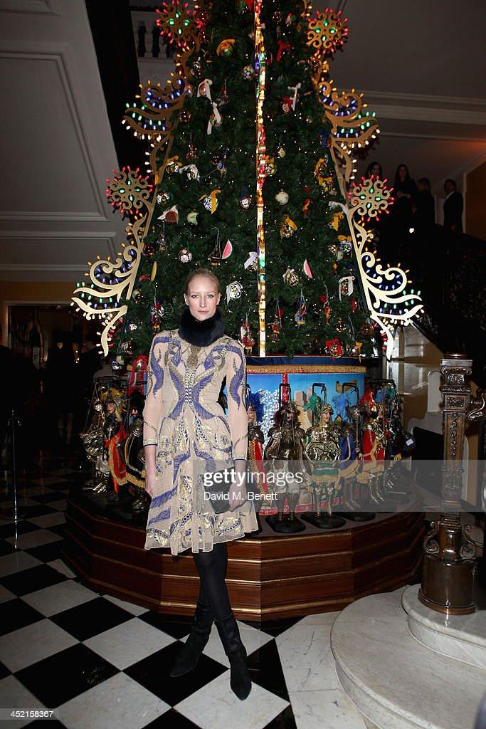 <a gi-track='captionPersonalityLinkClicked' href=/galleries/search?phrase=Jade+Parfitt&family=editorial&specificpeople=630420 ng-click='$event.stopPropagation()'>Jade Parfitt</a> attends Claridge's Christmas Tree By Dolce & Gabbana launch party at Claridge's Hotel on November 26, 2013 in London, England.