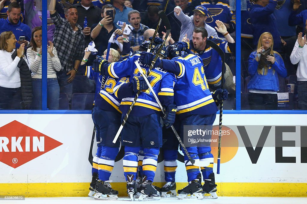 Jaden Schwartz of the St Louis Blues celebrates with teammates after scoring a first period goal against the San Jose Sharks in Game Five of the...