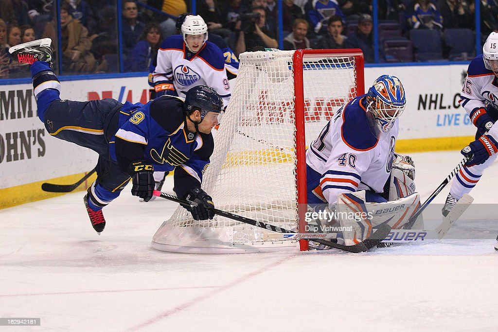 Jaden Schwartz #9 of the St. Louis Blues takes a shot on goal against <a gi-track='captionPersonalityLinkClicked' href=/galleries/search?phrase=Devan+Dubnyk&family=editorial&specificpeople=2089794 ng-click='$event.stopPropagation()'>Devan Dubnyk</a> #40 of the Edmonton Oilers at the Scottrade Center on March 1, 2013 in St. Louis, Missouri.