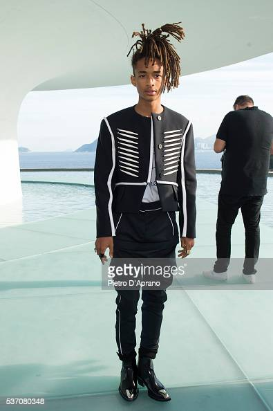 Jaden Smith Abs 2017