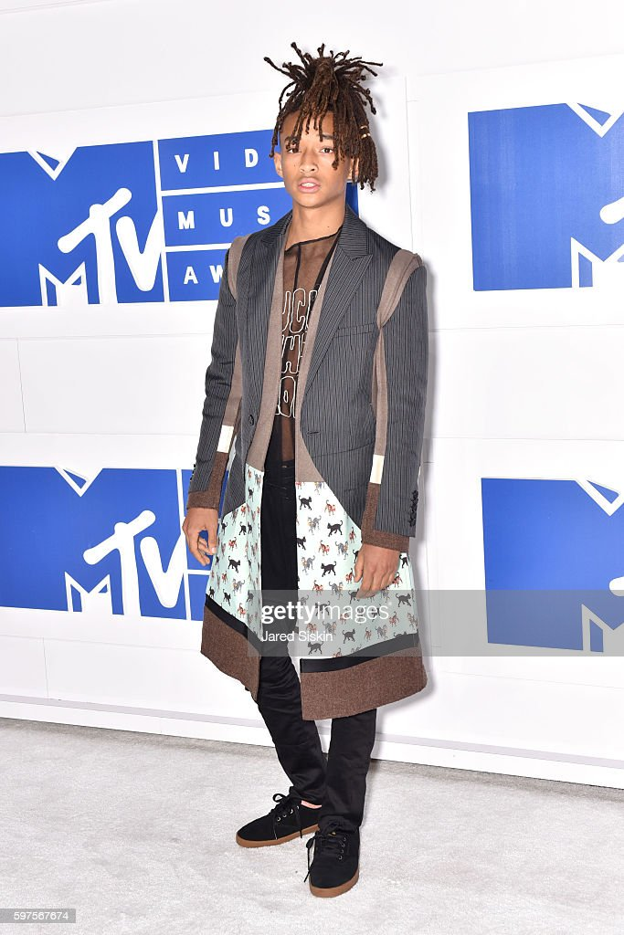 Jaden Smith attends the 2016 MTV Video Music Awards Arrivals at Madison Square Garden on August 28 2016 in New York City