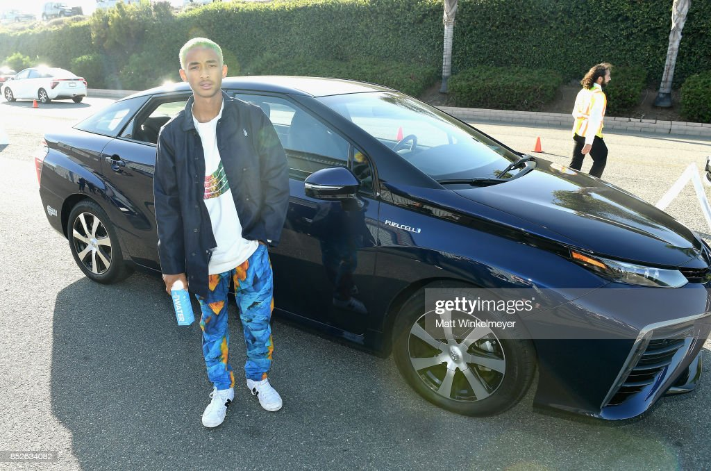 Jaden Smith poses with the Toyora Mirai, the zero emissions car, during the 2017 EMA Awards Presented by Toyota on September 23, 2017 in Santa Monica, California.