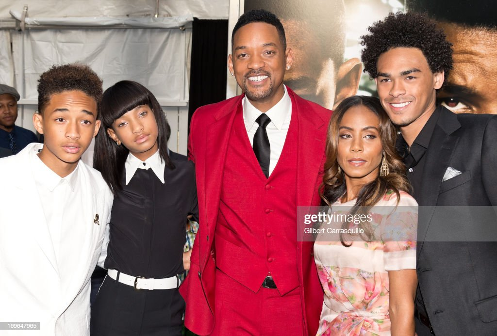 Jaden Smith, Willow Smith, Will Smith, Jada Pinkett Smith and Trey Smith attend the 'After Earth' premiere at Ziegfeld Theater on May 29, 2013 in New York City.