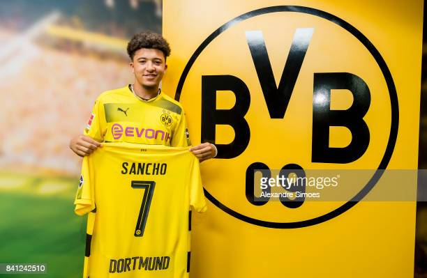 Jadon Sancho signs a new contract with Borussia Dortmund on August 31 2017 in Dortmund Germany