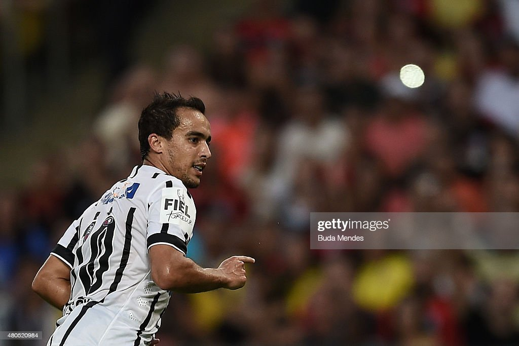 <a gi-track='captionPersonalityLinkClicked' href=/galleries/search?phrase=Jadson&family=editorial&specificpeople=3964470 ng-click='$event.stopPropagation()'>Jadson</a> of Corinthians celebrates a scored goal during a match between Flamengo and Corinthians as part of Brasileirao Series A 2015 at Maracana Stadium on July 12, 2015 in Rio de Janeiro, Brazil.