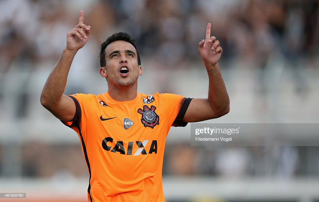 <a gi-track='captionPersonalityLinkClicked' href=/galleries/search?phrase=Jadson&family=editorial&specificpeople=3964470 ng-click='$event.stopPropagation()'>Jadson</a> of Corinthians celebrates scoring the first goal during the match between Ponte Preta and Corinthians for the Brazilian Series A 2015 at Moises Lucarelli Stadium on October 4, 2015 in Campinas, Brazil.
