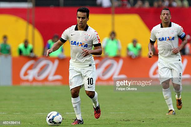 Jadson of Corinthians in action during the match between Vitoria and Corinthians as part of Brasileirao Series A 2014 at Estadio Manoel Barradas on...